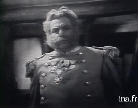 Michel Galabru dans le rôle du général Dourakine